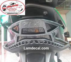 Ốp đèn lái PCX 2018 carbon